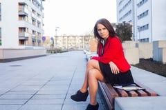 Portrait d'un bel exécutif femelle sûr. Image stock
