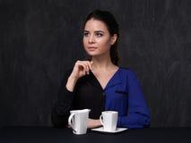 Portrait d'un brunett attrayant Photo stock