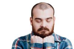 Portrait d'un brutal masculin rouge-barbu et presque chauve B d'isolement par blanc Photo libre de droits