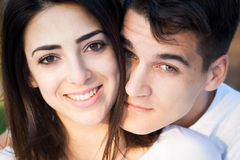 Portrait d'un couple dans l'amour Photos stock
