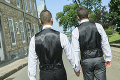 Portrait d'un couple masculin gai affectueux sur le leur Photo libre de droits