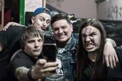 Portrait d'un groupe de rock musical photographie stock libre de droits