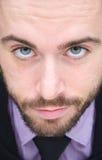 Portrait d'un homme bel avec la barbe et la cravate Photographie stock libre de droits