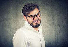 Portrait d'un homme dégoûté photo libre de droits