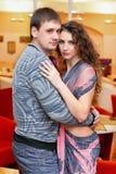 Portrait d'un jeune couple Images stock