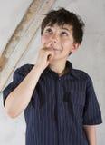 Portrait d'un jeune garçon photo libre de droits