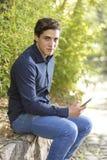 Portrait d'un jeune homme d'affaires photographie stock libre de droits