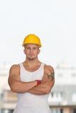 Portrait d'un jeune travailleur sûr Images libres de droits