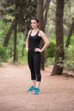 Portrait d'un modèle Exercising Outdoor d'athlète images libres de droits