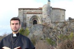 Portrait d'un prêtre chrétien photo stock