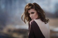 Portrait d'une belle fille Photographie stock libre de droits