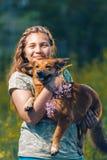 Portrait d'une belle jeune adolescente Photographie stock