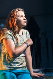 Portrait d'une belle jeune adolescente Image libre de droits
