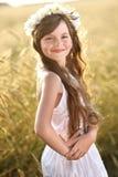 Portrait d'une belle petite fille Photo stock