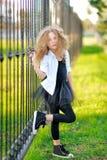 Portrait d'une belle petite fille Photo libre de droits