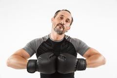 Portrait d'une boxe mûre sérieuse de sportif Images stock
