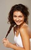 Portrait d'une fille avec le skintone olive image stock
