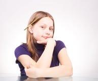 Portrait d'une fille de l'adolescence mignonne Photo libre de droits