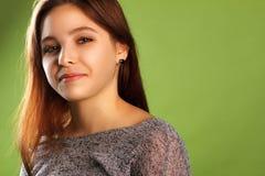 Portrait d'une fille de sourire Images stock