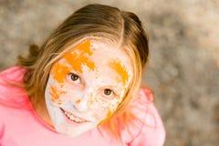 Portrait d'une fille pour le festival indien de couleurs Holi Image stock