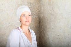 Portrait d'une fille rêvante Image stock