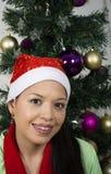 Portrait d'une jeune et heureuse femme Photo stock