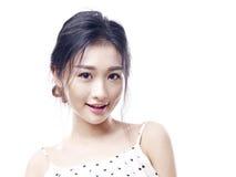 Portrait d'une jeune femme asiatique photographie stock