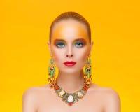 Portrait d'une jeune femme sexy en bijoux Photos libres de droits