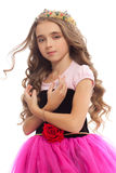 Portrait d'une jeune fille avec de longs cheveux dans la couronne Photo libre de droits