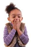 Portrait d'une petite fille d'afro-américain - personnes de race noire images stock