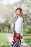 Portrait dans la floraison des Apple-arbres Image stock