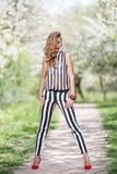 Portrait dans la floraison des Apple-arbres Photo libre de droits