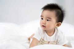 Portrait de bébé mignon asiatique de sourire photo libre de droits