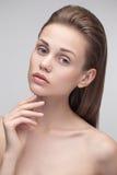 Portrait de beauté d'une jeune femme pure naturelle Photos libres de droits