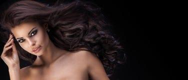 Portrait de beauté de femme élégante Photographie stock libre de droits