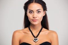 Portrait de beauté de modèle femelle attrayant image libre de droits