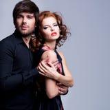 Portrait de beaux couples passionnés. Images stock
