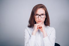 Portrait de belle femme d'affaires en verres images libres de droits
