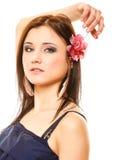 Portrait de belle fille dans le style d'été photos stock