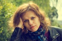 Portrait de belle jeune femme Photo libre de droits