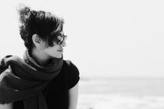 Portrait de belles 35 années de femme Photographie stock libre de droits
