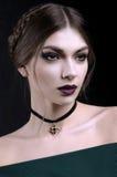 Portrait de belles femmes avec le maquillage de mode images stock