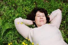 Portrait de belles vraies 45 années de femme Images stock