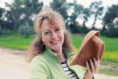 Portrait de belles vraies 40 années de femme Image stock