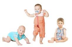 Portrait de croissance active d'enfants, petits enfants, activité de bébé Photo libre de droits