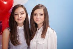 Portrait de deux soeurs Photos stock
