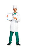 Portrait de docteur avec le dossier santé sur le fond blanc Images stock
