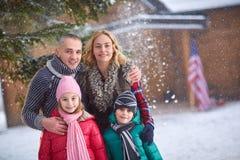 Portrait de famille des vacances d'hiver Photo libre de droits