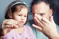 Portrait de famille, théâtre de marionnette de doigt Photo stock