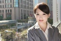 Portrait de femme asiatique attirante d'affaires Photographie stock libre de droits